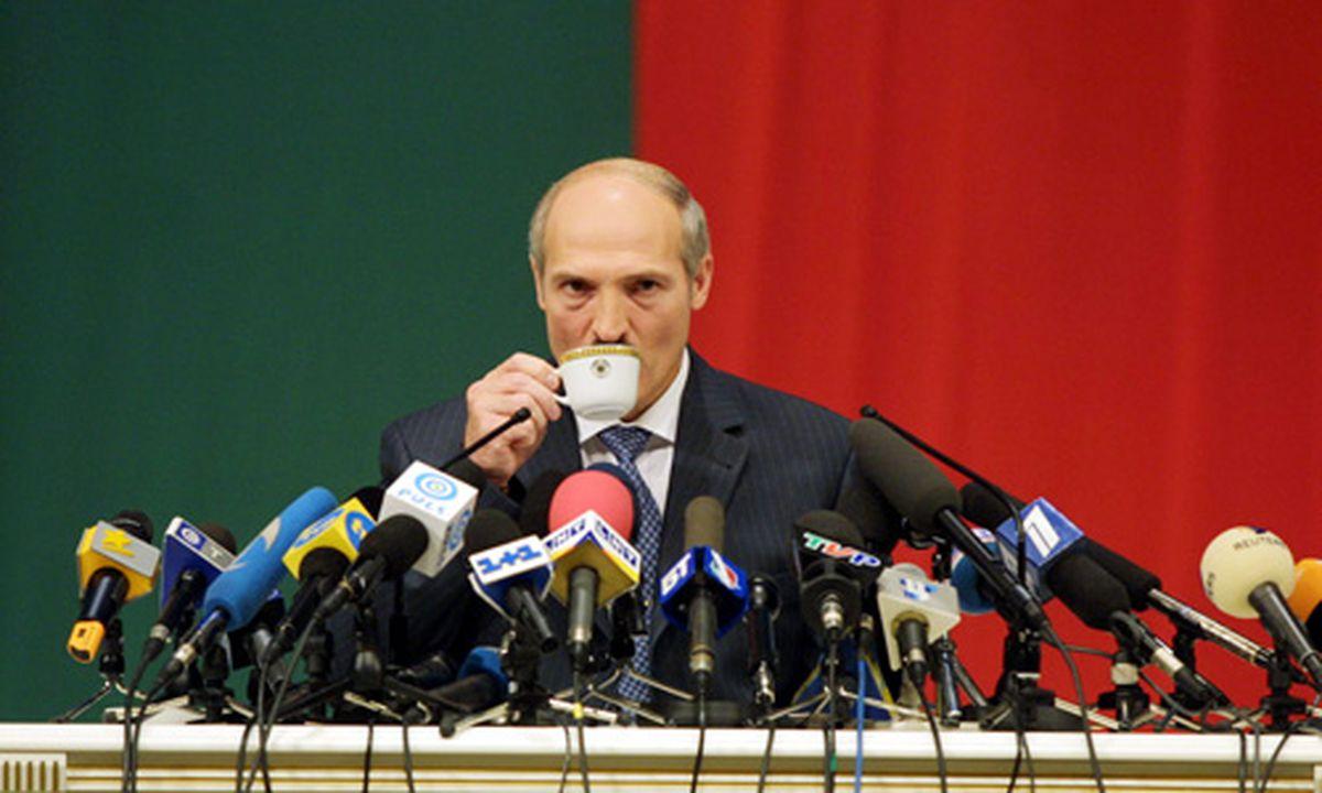 Weißrussland: Zentralbank versteigert Büromöbel « DiePresse.com