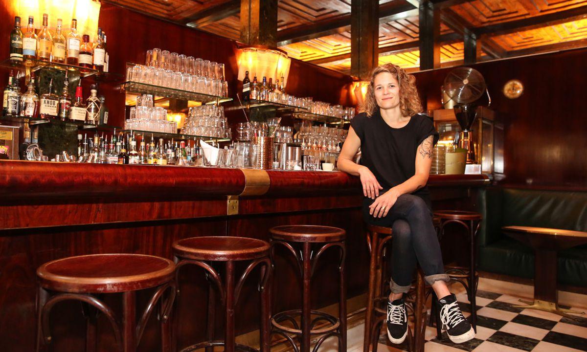 Wunderbar Barkeeper Fortsetzen Beispielziel Zeitgenössisch ...