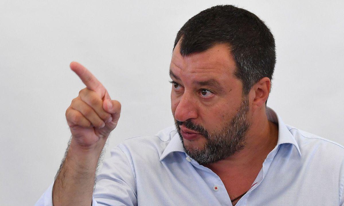 """Mafia-Burger mit Beigeschmack: Salvini wütend über """"Mampfiosi"""""""