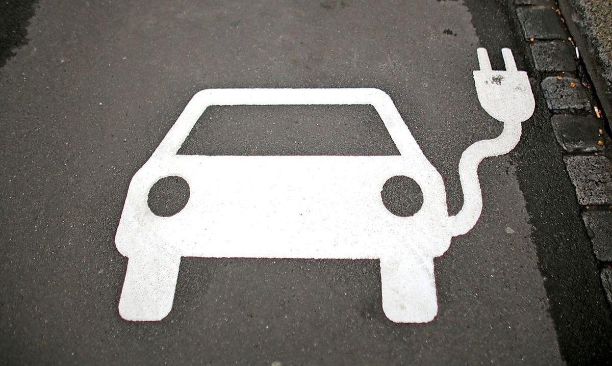 Verpflichtende Steckdosen für E-Autos bei Neubauten? « DiePresse.com