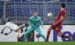 Shon Weissman gegen AS Roma