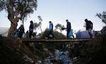 Flüchtlinge haben sich auf Lesbos selbst Zelte und Unterkünfte errichtet. Die sanitäre Situation ist außer Kontrolle geraten.