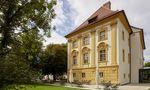 Das Hotel Hofwirt in Seckau kaufte Mateschitz um 861.000 Euro vom Stift Seckau, das sich das Anwesen nicht mehr leisten konnte.