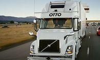 Der Fahrer sitzt daneben: Otto, der selbstfahrende Truck, liefert Bier aus. / Bild: Uber