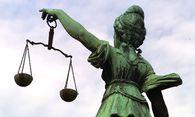 Juristen: Expertise erarbeiten und dann ins Ausland / Bild: (c) BilderBox - Erwin Wodicka (BilderBox.com)