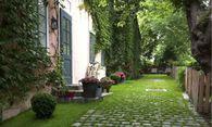 Der gelernte Wiener sieht den Grinzing-Bezug dieses Anwesens sofort. / Bild: (c) Mauthner Markhof Immobilien