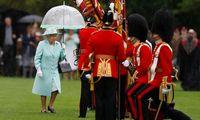 Queen Elizabeth II trägt seit 2019 nur noch Kunstpelz.