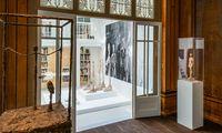 Das Haus war lang ein Leerstand, nach schonender Instandsetzung beherbergt es nun Arbeiten Alberto Giacomettis – und seine Werkstatt als Installation.