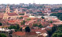 Litauens Hauptstadt Vilnius. Im Bild die Altstadt vom Hügel der drei Kreuze (Kalnu-Park) aus gesehen der von der UNESCO zum Weltkulturerbe erklärt worden ist.