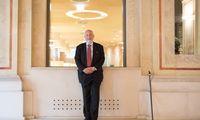 """""""Was Trump macht, ist fürwahr ein Angriff auf unsere Zivilisation"""", sagt Joseph E. Stiglitz. Der US-Ökonom war auf Kurzbesuch in Wien."""
