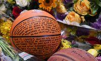 Menschen weltweit gedenken Kobe Bryant.