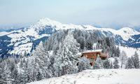 Modern. Das Berghaus Tyrol am Hahnenkamm stammt von 1927.