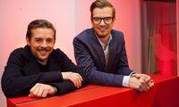 HAMBURG / 16.01.2013 Das Moderatoren-Duo Joko Winterscheidt (r.) und Klaas Heufer-Umlauf stellen im 25hours Hotel ihre
