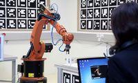 Die Digitalisierung ist ein Thema, bei dem Unternehmen auf Einrichtungen von FH – im Bild das Digitale Transferzentrum der FH Salzburg – zurückgreifen, um neue Prozesse zu entwickeln und zu testen.
