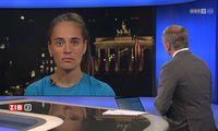 """""""Wenn eine politische Partei das fordern würde, würde man das als möglicherweise verfassungsfeindlich einstufen"""", sagte Armin Wolf zu Carola Rackete"""