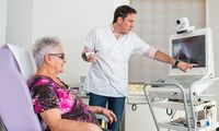 Telemedizin bringt betagten und chronisch kranken Menschen besondere Vorteile.