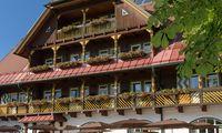 Die Wasnerin: Festivalort und Hotel.