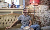 Couchsurfer Christoph Pehofer hat seinen Film praktisch im Alleingang realisiert.