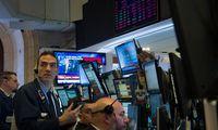 Seit dem Tief, das je nach Index zu Weihnachten oder kurz danach erreicht war, ist es mit dem globalen Aktienindex MSCI All Country World um neun Prozent nach oben gegangen.