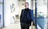 Bernd Schlacher im Hauptquartier seiner Motto Group im Austria Center.