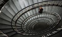Die Entwicklung der Steuersysteme in den EU-Staaten in den vergangenen Jahrzehnten verlaufe in einer Abwärtsspirale, analysiert der Bericht.