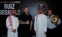 John Ruiz jr. lässt sich die Box-WM in Riad hoch entlohnen, PR-Auftritte inklusive.