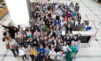 """Beim EDUARD-Camp, das die """"Presse"""" in Kooperation mit Erste Bank und unter Patronanz des Bildungsministeriums veranstaltet hat, ging es für 114 Schüler aus sechs Gewinnerklassen aus ganz Österreich diese Woche um die Zukunft des Geldes."""