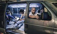 Lior Raz (vorne mit der Waffe) spielt den ehemaligen Geheimdienst-Agenten Doron Kavillio