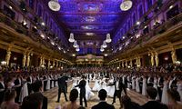 Im Großen Musikvereinssaal feierten die Wiener Philharmoniker (am Samstag, folgt der Techniker Cercle).