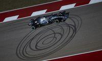 Mercedes von Lewis Hamilton