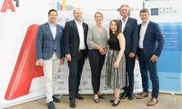 Im Bild v.l.n.r.: Josef Frank (A1 Telekom Austria), Andreas Lenz (A1 Telekom Austria), Xenia Daum (styria digital one), Elisabeth Beichl (APA), Klement Cabana (styria digital one), Alexis Johann (FehrAdvice & Partners)