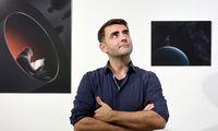 Warten auf die Aliens? In seinen Bildern zeigt Marin Goleminov, was einen im Weltraum beschäftigen könnte.