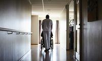 Stress, Druck, chronischer Personalmangel: Der Pflegeberuf steckt in einer Imagekrise.