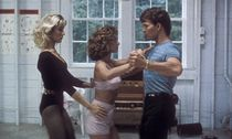 Cynthia Rhodes Patrick Swayze and Jennifer Grey Dirty Dancing 1987 PUBLICATIONxINxGERxSUIxAUTxONLY / Bild: (c) imago/Cinema Publishers Collecti