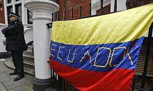 Assange will in der Botschaft Ecuadors bleiben