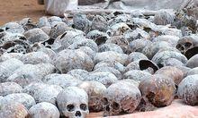 Menschliche Überreste aus einem 2005 gefundenen Massengrab
