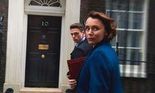 Wem kann man hier eigentlich vertrauen? Der Innenministerin? Dem Bodyguard?  / Bild: (c) BBC/ Netflix