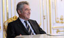 Bundespraesident Fischer fuer glaeserne