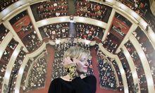 Karin Bergmann hat am Mittwoch erklärt, dass sie 2019 als Burgtheaterdirektorin aufhören wird.