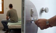 Abschiebung aus dem Gefängnis