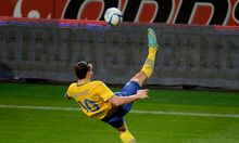 Ibrahimovic zeigt seine Kunst