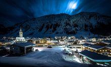Nachtaufnahme von Lech am Arlberg mit Blick auf den Rüffikopf / Bild: (c) Lech Z�rs Tourismus GmbH / Lech (Christoph Sch�ch)