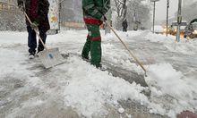 Der Gehsteig vor dem Haus muss frei von Schnee und Eis sein.