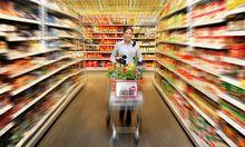 Symbolbild: Einkaufen im Supermarkt.