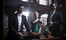 Luke Evans, Dakota Fanning und Daniel Brühl suchen gemeinsam einen Serienmörder / Bild: (c) Netflix