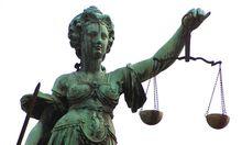 langer Prozess Berufsverbot Anwalt