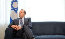 Aviv Shir-On beim Abschiedsinterview in der israelischen Botschaft in Wien. Er kehrte nach Ende seiner vierjährigen Amtszeit inzwischen nach Israel zurück.