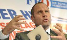 Pressekonferenz zur ESM-Verfassungsklage der Kaerntner Landesregierung