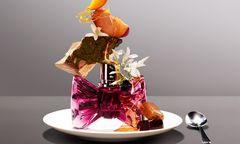 """""""Bonbon"""" von Viktor & Rolf (30 ml um 65 Euro, nur bei Douglas). / Bild: (c) Beigestellt"""