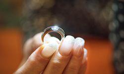 Verewigt. Die Asche von verstorbenen Menschen, gepresst zu einem Diamanten.  / Bild: (c) Reiner Riedler